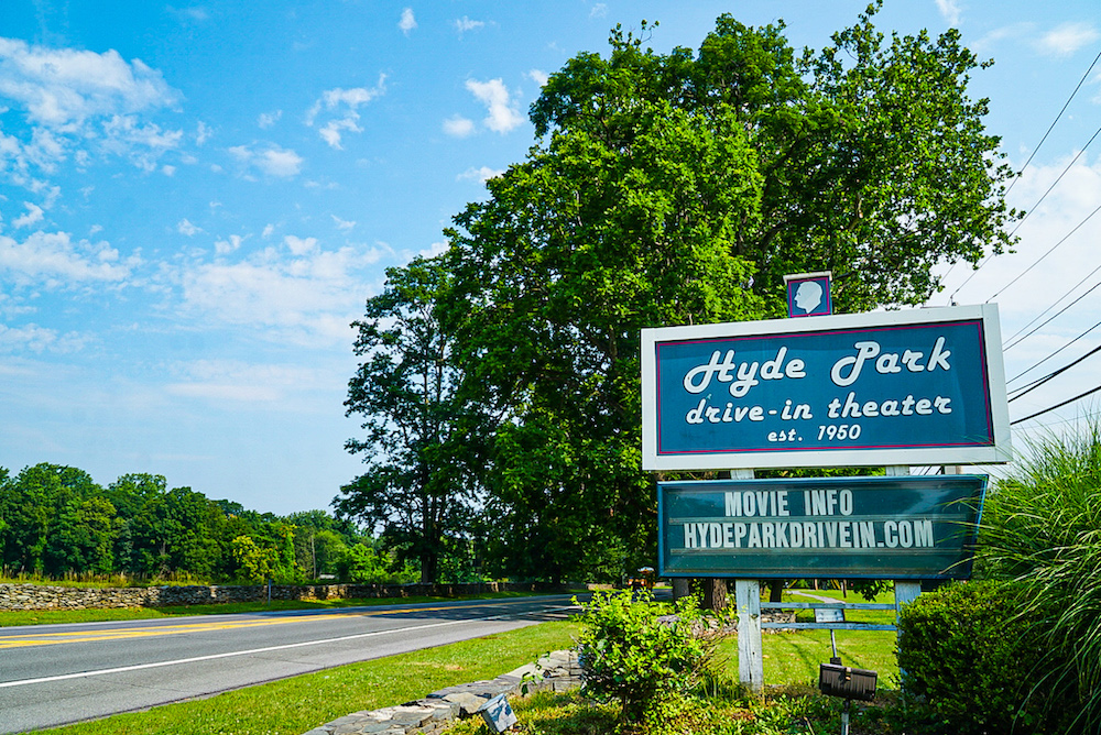 The sign in front of the Hyde Park Drive in in Poughkeepsie NY