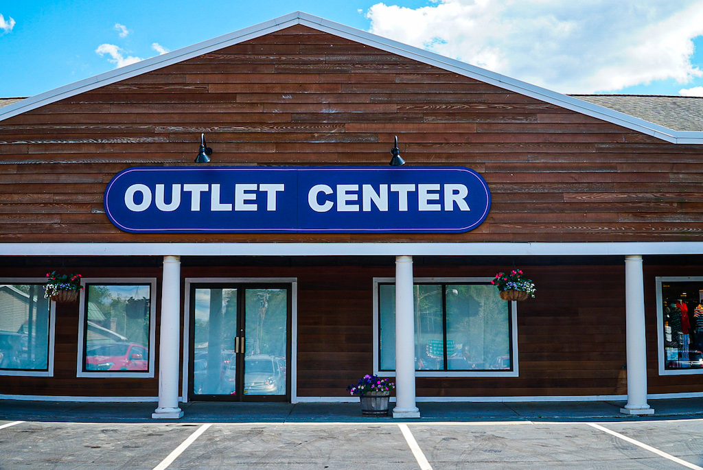 Exterior of the Outlet Malls in Lake George.