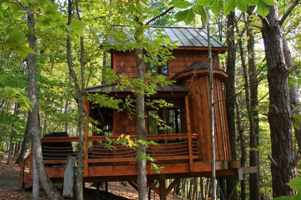Exterior side view of the Out on a Limb treehouse in Argyle, NY.