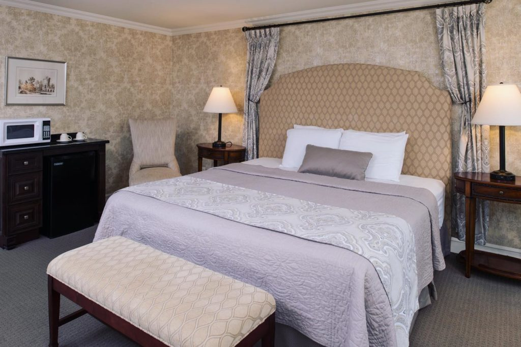 Light and airy traditionally decorated room inside the Red Coach Inn.